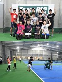 「テニスを日本一メジャーなスポーツにしよう!」という言葉をモットーとしています(上)。研修が充実しているので、コーチ初心者にも安心(下)