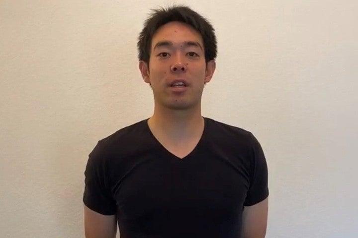 秋山は動画にてコロナ基金への寄付を表明。併せて「通常の生活を1日でも早く取り戻せるように」と願った。写真:本人提供