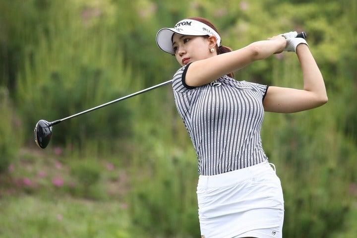 """連日のごとくSNSを更新しているユ・ヒョンジュ。""""魅せる""""ゴルファーの本領発揮だ。(C)Getty Images"""