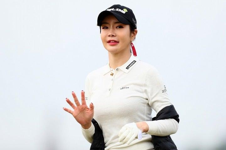 世界中で拡散中のハッシュタグキャンペーン。アン・シネもゴルファー仲間たちと参画した。(C)Getty Images
