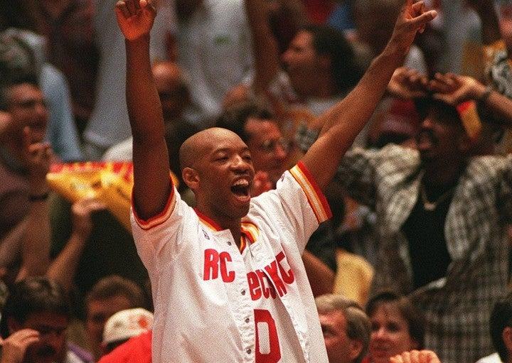キャセールはNBA1年目にロケッツで優勝。翌年に連覇を達成すると現役最後の2008年にも頂点に立った。(C)Getty Images