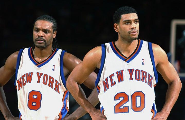 スプリーウェル(左)とヒューストン(右)は98-99シーズンからタッグを結成。同年にニックスは8位に終わったが、プレーオフではこの2人を中心にファイナルまで勝ち進んだ。(C)Getty Images