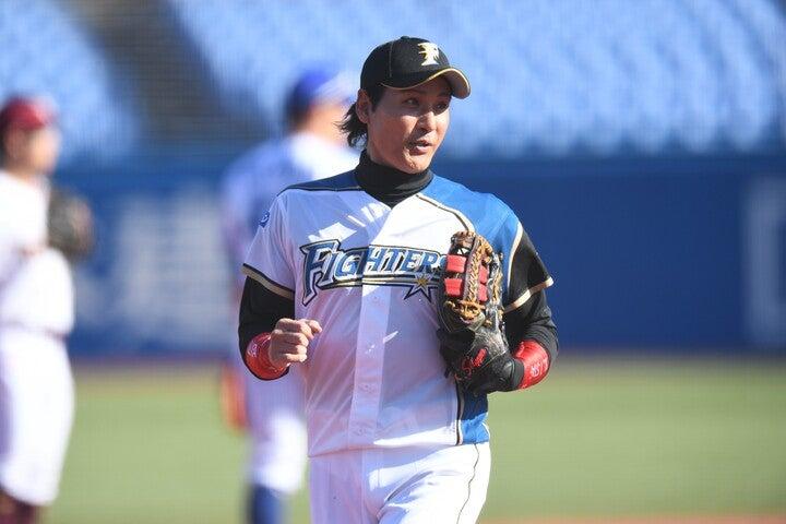 12月7日、12球団トライアウトに挑戦した新庄剛志さん。写真:徳原隆元