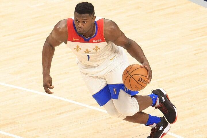 昨季NBAデビューを果たしたザイオンだが、主力の移籍により2年目にしてペリカンズ1の古株となった。(C)Getty Images