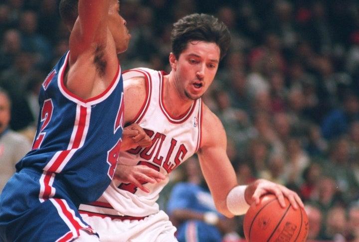 """クーコッチは93年にブルズに入団し、3度の優勝を経験。208㎝とセンター並みの長身ながらパスも上手く、""""ヨーロッパのマジック・ジョンソン""""と言われていた。(C)Getty Images"""