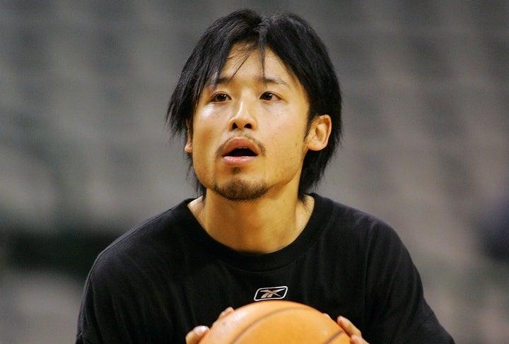 田臥は2004年にサンズと契約。日本人初のNBA選手として4試合に出場した。(C)Getty Images