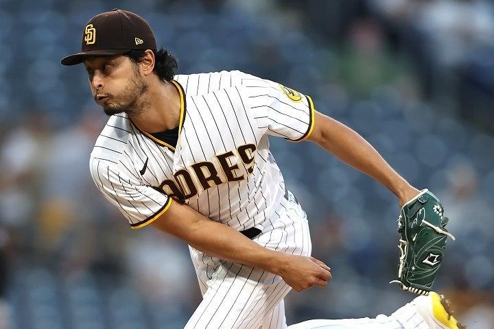 変幻自在のピッチングで相手打者を翻弄し、ダルビッシュが3勝目をマークした。(C)Getty Images