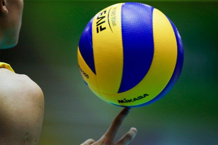 """波紋を広げたタイ戦での""""つり目ポーズ""""。問題となっていた選手への処分が発表された。(C)Getty Images"""
