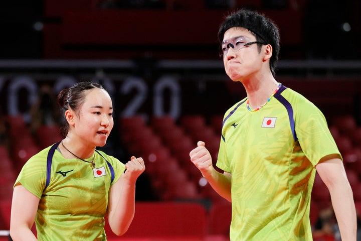世界ランク1位の台湾を破った水谷(右)/伊藤(左)ペア。中国の待つ決勝へと駒を進めた。(C)Getty Images