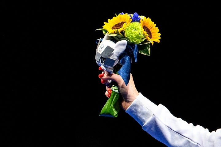 """副賞としてメダルとともに贈呈される""""ビクトリーブーケ""""を韓国メディアが懸念している。(C)Getty Images"""