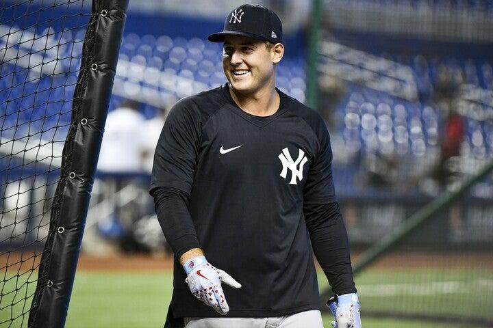 ヤンキースへ移籍したリゾー。カブスはブライアント、バイエズも放出して16年の世界一チームを完全に解体した。(C)Getty Images