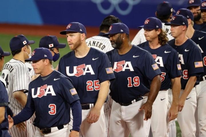 フレイジャー(25番)のように全盛期を過ぎた選手を中心に構成されたアメリカ。それで決勝進出は立派とも言えるが、やはり国内では辛辣な声が相次いだ。(C)Getty Images