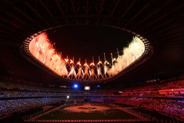 17日間に渡った東京五輪が8月8日に閉幕。五輪旗はパリへと引き継がれた。(C)Getty Images