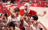 ホーバスHCは金メダル獲得はならなかったが、日本バスケ界に初のメダルをもたらした。(C)Getty Images