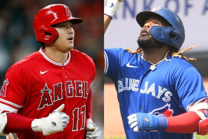 大谷(左)に並ぶ44号アーチを放ったゲレーロJr.(右)。はたして最終的には、どちらが本塁打王に輝くのか。(C)Getty Images