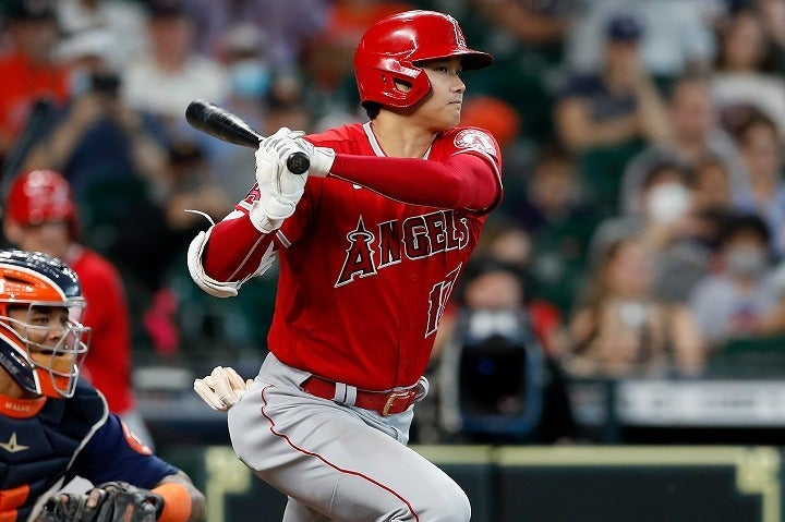 今季MLBの本塁打王争いをけん引してきた大谷。引っ張り傾向が強まった彼の打撃は、やや勢いを失っている。(C)Getty Images