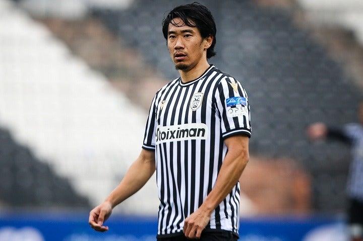PAOKでの2シーズン目を迎えた香川。開幕戦で決定機を逸した彼に対する評価は決して芳しくない。写真:ZUMA Press/アフロ