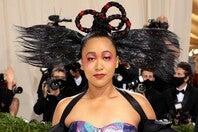 日本とハイチの伝統に敬意を表した衣装で『メットガラ』に登場した大坂なおみ。(C)Getty Images